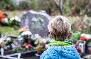 Kun je met kinderen over de dood praten?